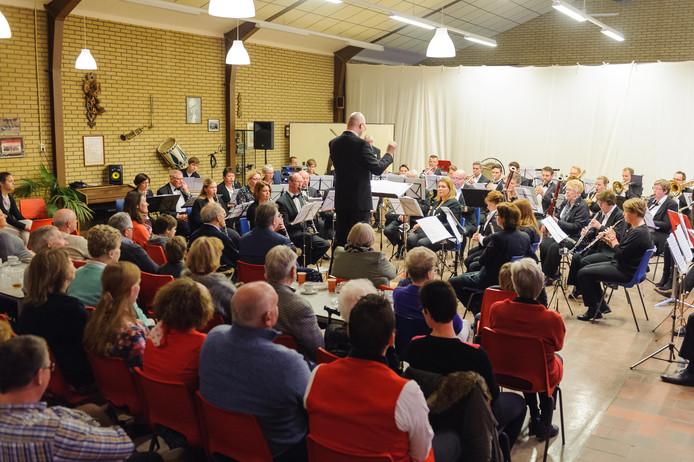 Blaasmuziek met Kaffee und Kuchen, een voorjaarsconcert enkele jaren geleden van de toenmalige Hengelose Orkest Vereniging De Eendracht, de Koninklijke Muziekvereniging Excelsior en de Noorkerländer Kapel plaats.