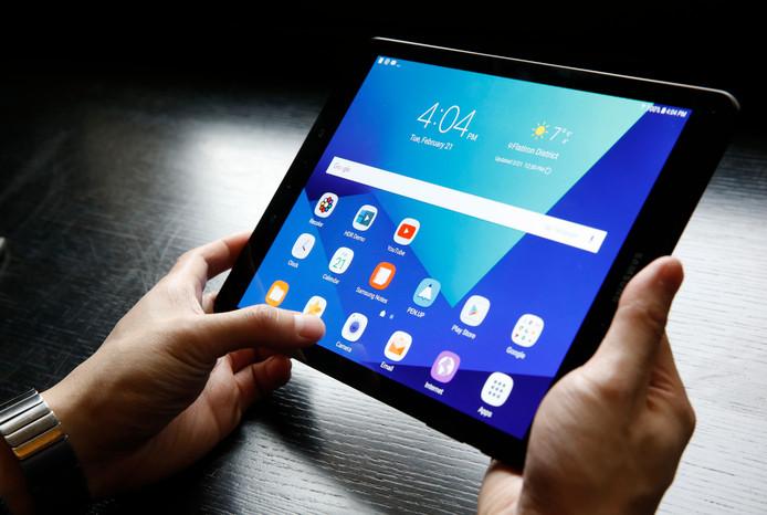 Het digitaal stemmen kan via computer, telefoon of tablet.