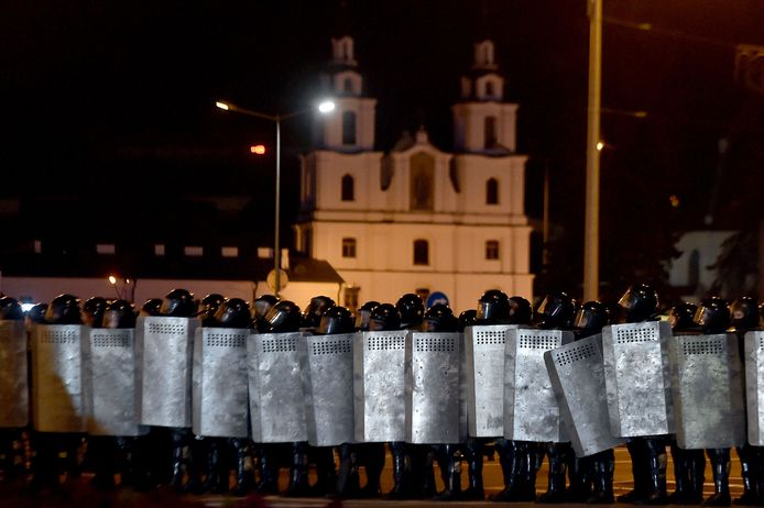 Oproerpolitie in Minsk.