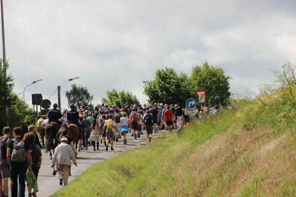 De Fiertel heeft een religieuze oorsprong, maar velen wandelen ook mee voor de sportieve uitdaging en de mooie route.