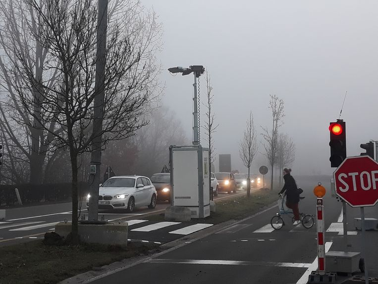 De nieuwe verkeerssituatie op de N15 leidt tot filevorming.