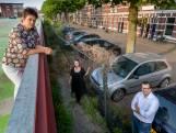 Maijweg wil een groen woonerf, maar ziet voorlopig verloedering: 'Ongelooflijk hoe makkelijk iedereen  zich er vanaf maakt'