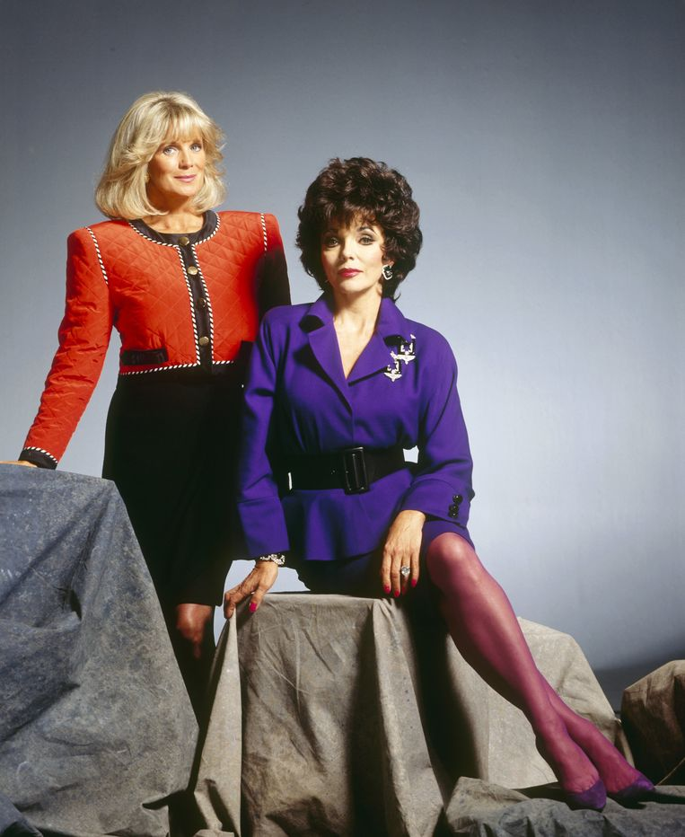 Linda Evans en Joan Collins uit Dynasty Beeld ABC via Getty Images