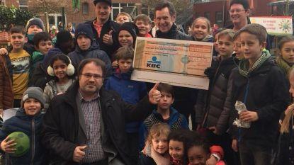 Stisa krijgt 1.400 euro van school in Heverlee