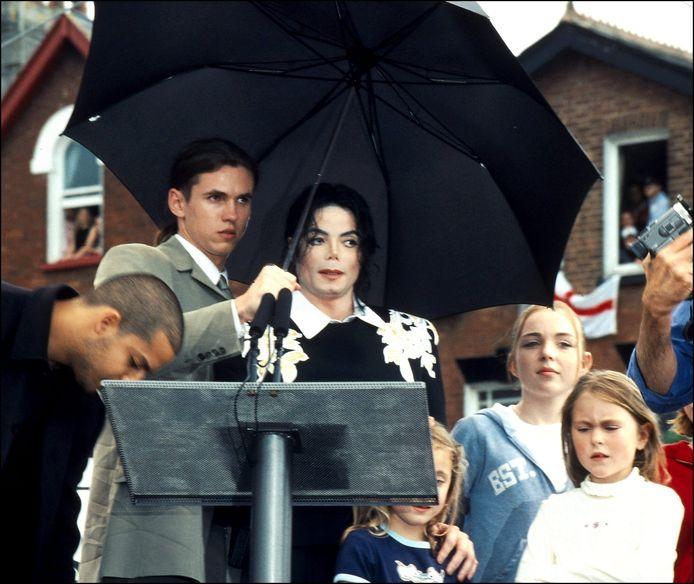 Bodyguard Matt Fiddes en Michael Jackson.