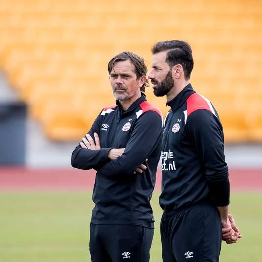 Phillip Cocu en Ruud van Nistelrooy.