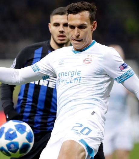 PSV-verdediger Sainsbury wil in het ritme blijven: 'Ik train nog harder dan voorheen'