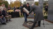 Nieuwe monumenten en vredeswensen in tijdscapsules op kerkhoven Destelbergen