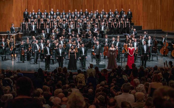 Het optreden van Placido Domingo in Oostenrijk.