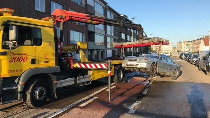 Voetganger in levensgevaar na aanrijding in Deurne
