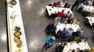 Honderd Kastelse zakenmensen verzamelen voor allereerste ondernemersontbijt
