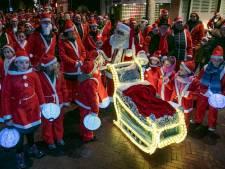 Rennende kerstmannen in Eersel: 'Ze komen uit alle hoeken en gaten'
