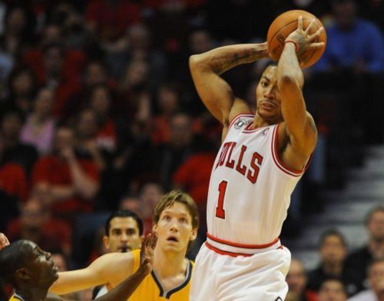 Derrick Rose (R) van de Chicago Bulls. EPA Beeld