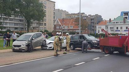 Vier auto's beschadigd bij zwaar ongeval
