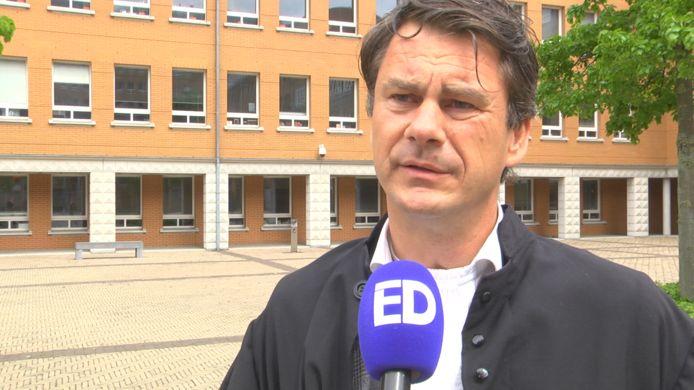 Advocaat Jan-Hein Kuijpers moest tijdens een rechtszaak de politie waarschuwen dat de politiemol voor een dichte deur stond