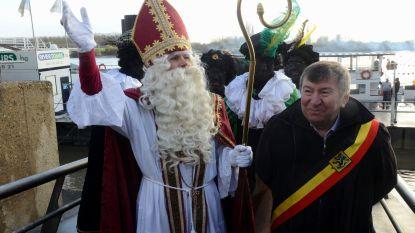 Sinterklaas komt zondag met boot aan