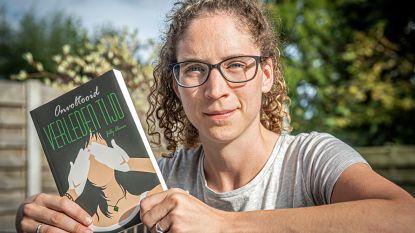 """Jilly (29) schrijft eerste thriller: """"Droom hier al sinds mijn elfde van"""""""