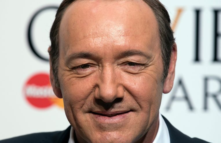 2015-04-12 17:07:12 epa04702334 US actor Kevin Spacey poses for a photograph in the winners room of the 39th annual Olivier Awards at The Royal Opera House in London, Britain, 12 April 2015. The theatre awards is named after British actor Laurence Olivier.  EPA/HANNAH MCKAY