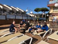 Trainen in zon steeds betaalbaarder, merken Veluwse clubs: 'Het meeste geld wordt verloren met kaarten'