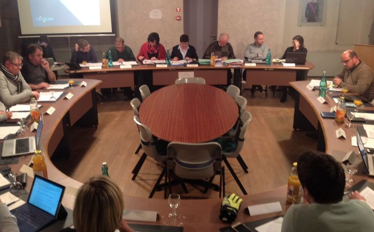 De gemeente- en OCMW-raad van Hooglede.