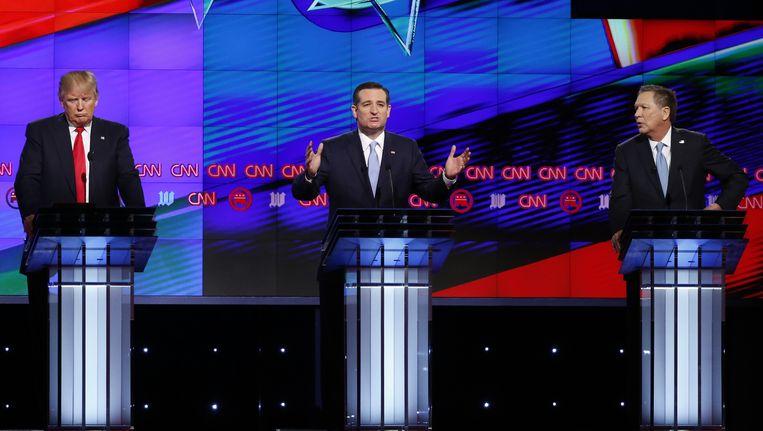 Donald Trump, Ted Cruz en John Kasich tijdens het laatste CNN-debat. Beeld reuters
