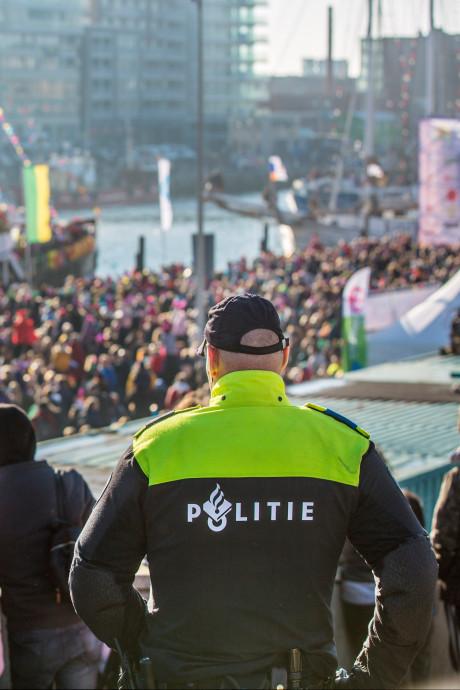 Haagse burgemeester Remkes: Gedraag je tijdens de intocht van Sinterklaas