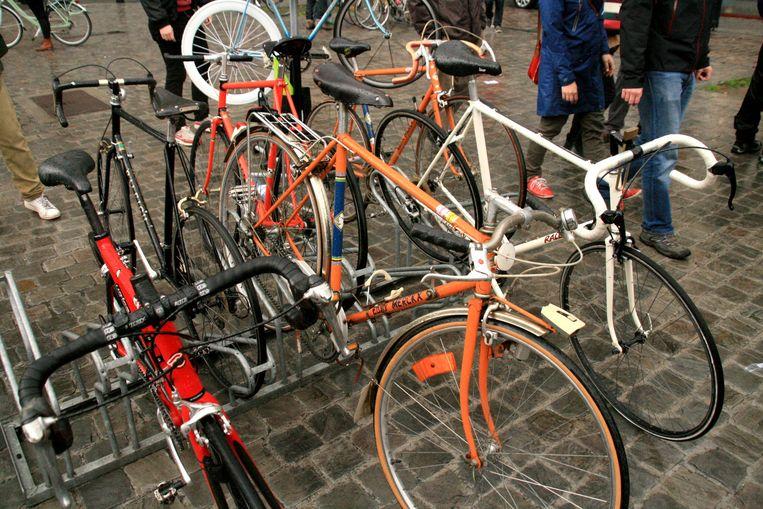 Wie zijn oude fiets wil verkopen, kan die kwijt op de tweedehandsmarkt.