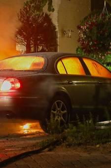 Auto uitgebrand aan het Jachtslot in Oss