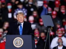 Attaqué par Obama et Biden, Trump affiche sa confiance à dix jours de l'élection