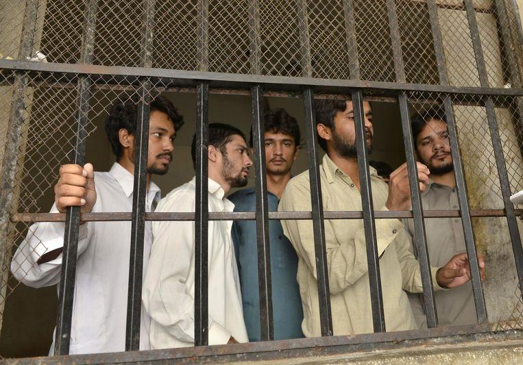 Enkele gearresteerde verdachten.