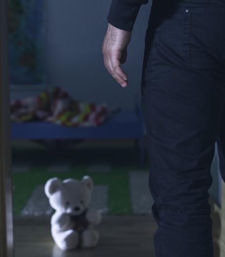 Opa hoort celstraf eisen voor ontucht met kleinzoon (12) in Hoogeveen