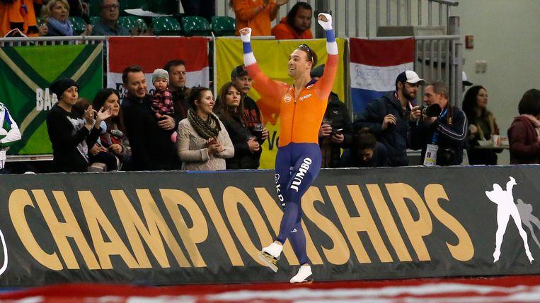 Kjeld Nuis na zijn overwinning op de 1.500 meter. Beeld AP