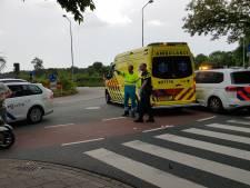 Scooterrijder gewond na aanrijding met bestelbus in Wageningen