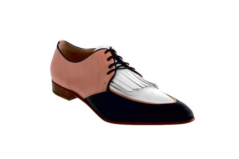 Om onder je mannenpak te dragen: klassieke loafers van Fratelli Rossetti € 460 Beeld
