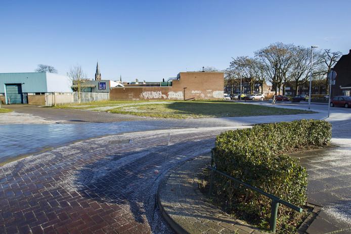Op de hoek Willaertplein/Lassusstraat wil Sint Trudo een complex met 14 woningen voor Turkse ouderen, een gezondheidscentrum en een buurtinfowinkel bouwen.