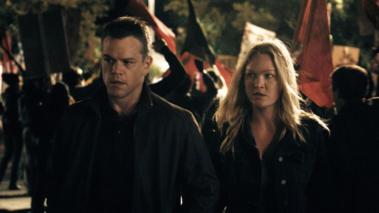 Matt Damon als Jason Bourne en Julia Stiles als Nicky Parsons. Beeld