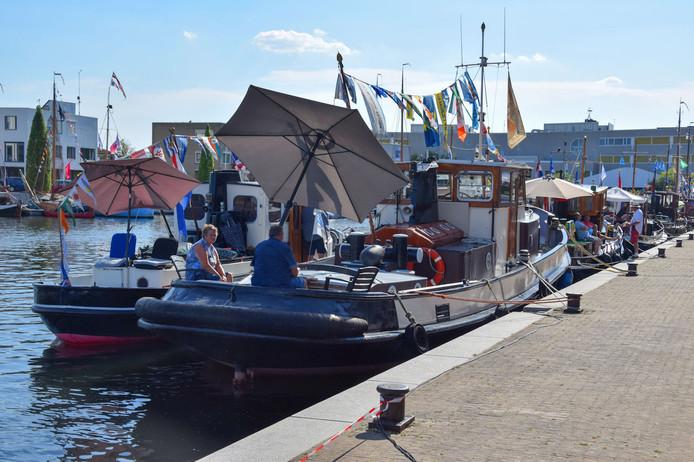 Liefst 40 schepen meren af in Zeewolde.