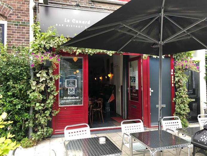 Frans restaurant Le Canard in de Gansstraat in Utrecht.