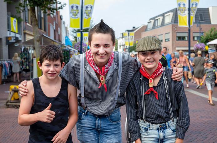 Ariën van de Beek, Maarten van Amerongen en Niels van Amerongen (van links naar rechts) op Vlegeldag.