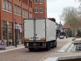 Het centrum van Nijverdal is verkeersluw, maar het verkeer dendert door