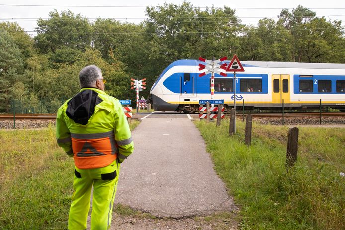 Een teller aan het werk, hier elders in het land, tussen Hilversum en Hollandse Rading.