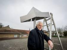 Hengelose kunstenaar boos op Haaksbergen: 'Waar is mijn Feesthoed gebleven?'