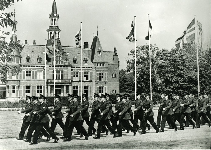 Tientallen jaren was de politieschool ondergebracht op De Cloese.