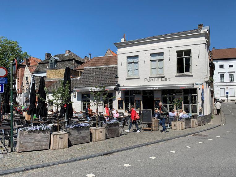 Het bekende café Punta Est werd ook slachtoffer van een inbraak