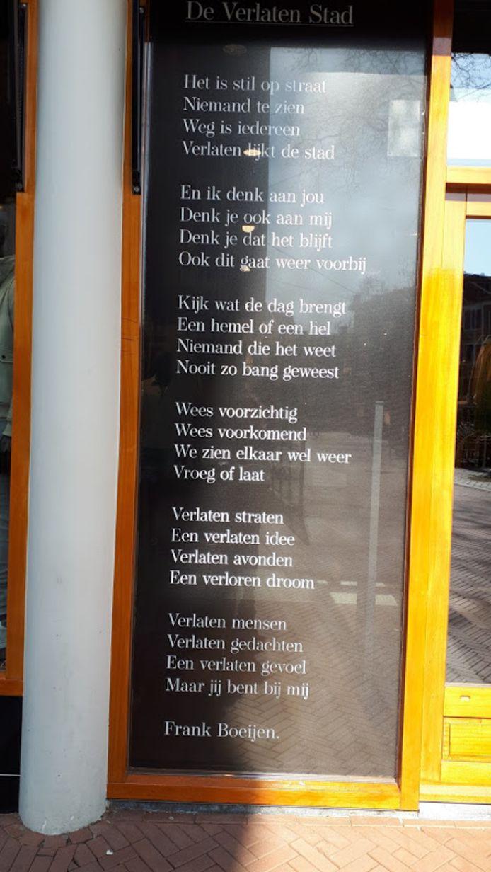De tekst van 'De Verlaten Stad' van Frank Boeijen.