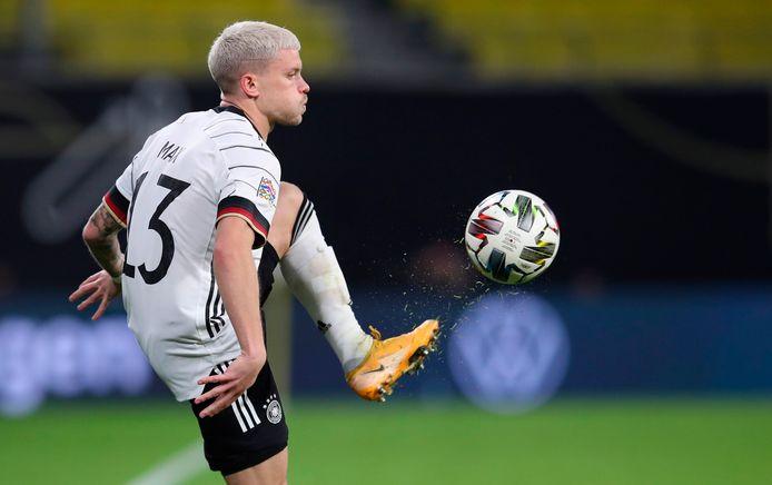 Philipp Max is aan een sensationele opmars bezig en kan vanavond aan zijn derde interland voor de Duitse nationale ploeg beginnen.