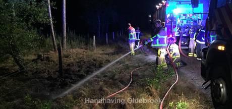 Brand door blikseminslag in hek