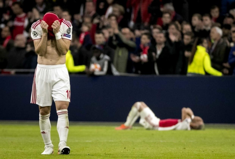Dusan Tadic van Ajax baalt na de 2-3 van Tottenham Hotspur tijdens de returnwedstrijd Ajax tegen Tottenham Hotspur in de halve finale van de Champions League. Beeld ANP