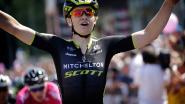 KOERS KORT (8/7). Jolien D'hoore sprint naar zege in derde etappe Giro Rosa - Schurter is de beste in Val di Sole, Van der Poel staat op het podium