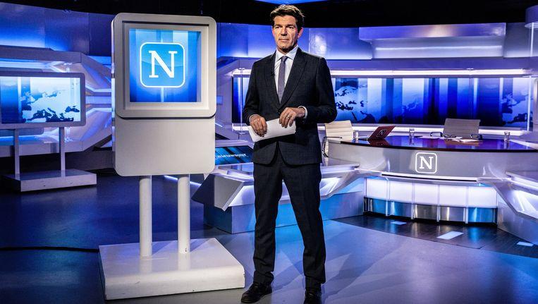 Twan Huys(52): 'We worden veel vergeleken met Newsnight van de BBC, maar hun kijkcijfers zijn veel slechter.' Beeld Aurélie Geurts